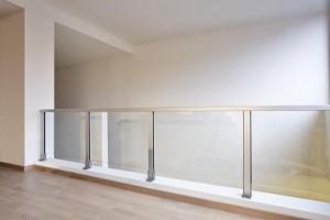 glass-railing-aluminium